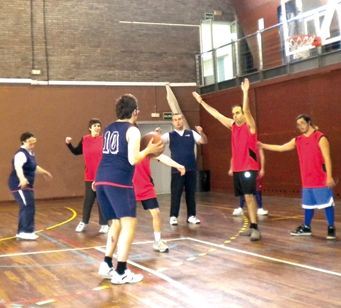 img-quefem-basquet